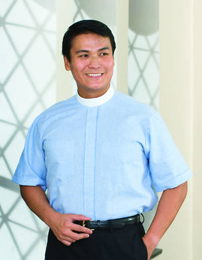 Signature Short Sleeve Clergy Shirt with Neckband Collar