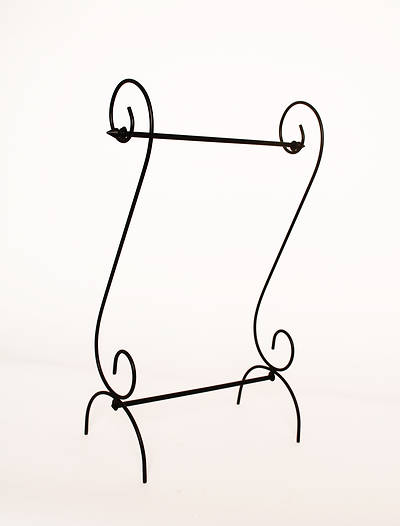Estate Scroll Garden Flag Stand