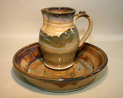 Footwashing Pitcher and Basin Earthenware Tan