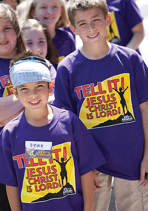 Concordia Vacation Bible School 2013 Go Tell it on the Mountain T-Shirt T-Shirt - Adult Medium