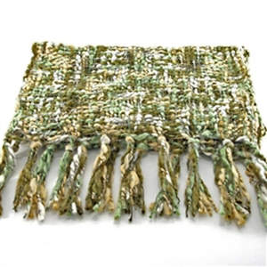 Thai Cozy Scarf - Olive/Cream